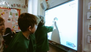 Pupil at the IWB using Letter Formation